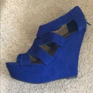 Madden girl blue wedge